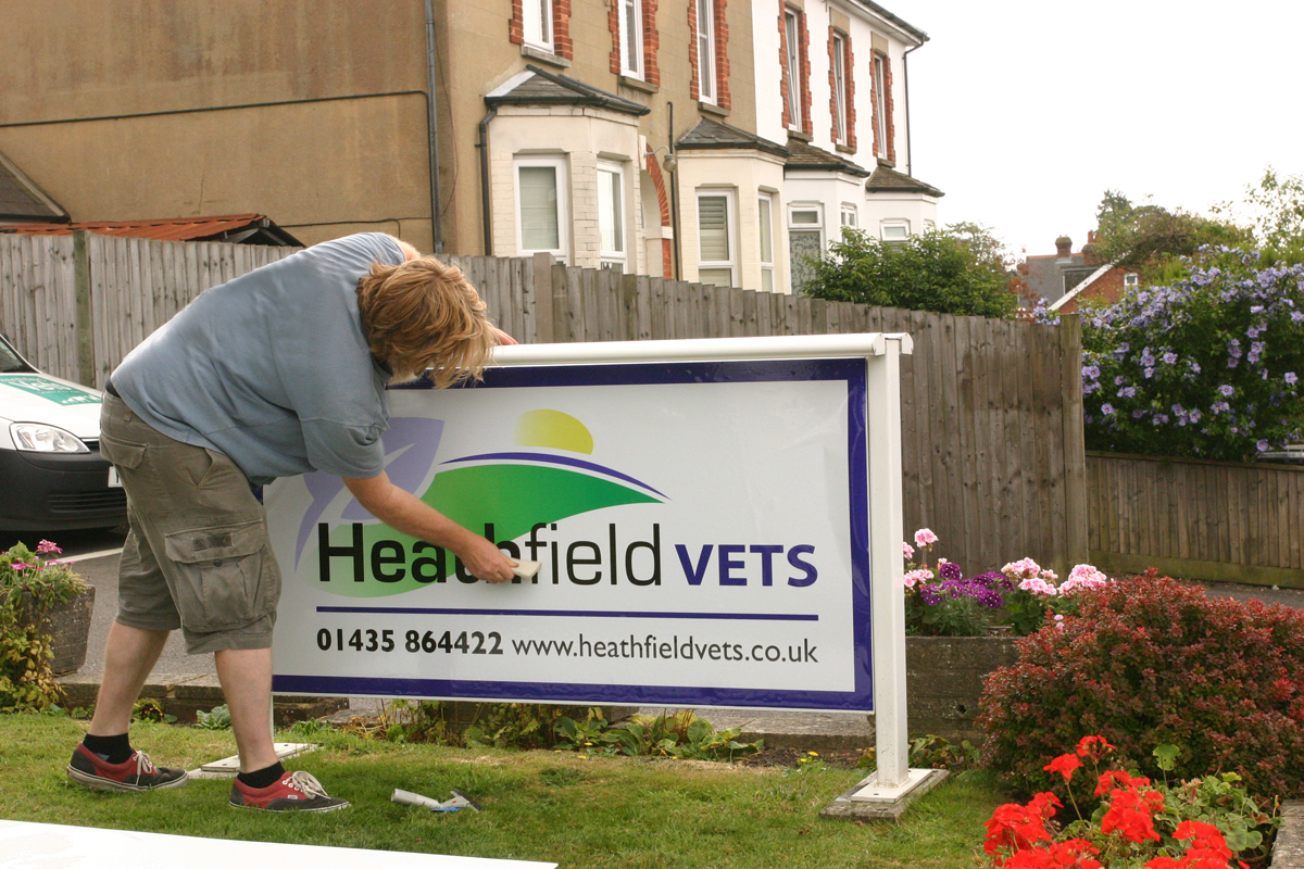 Business signs - design, printing and installing